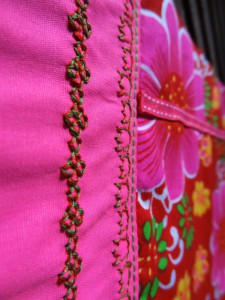 detail_broderie_trousse_800-600