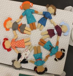 La ronde des poupées autour du monde