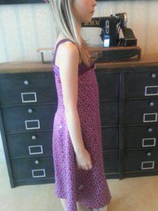 profil droit robe soie Nono