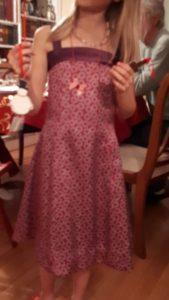 robe soie portee devant floue